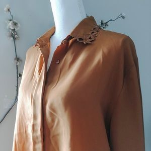 VINTAGE• orange eyelet collar oversized buttondown